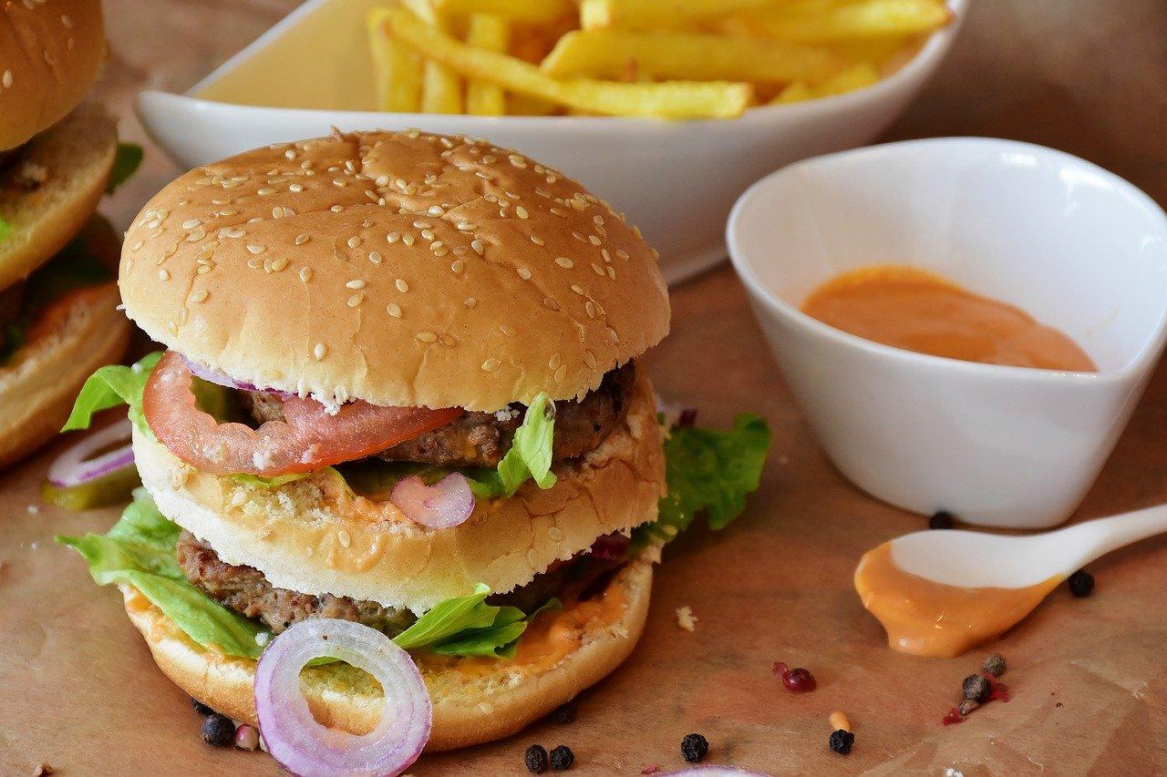 Burger sauce et frites